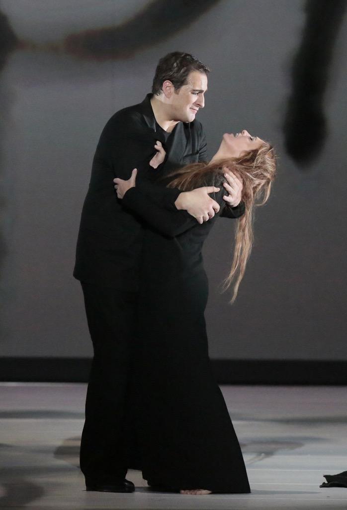 Айноа Артета и Риккардо Масси